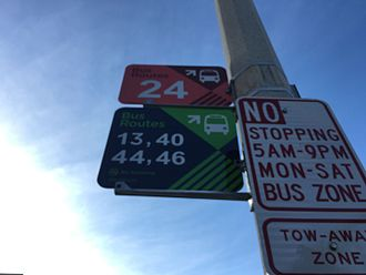 StarTran - Blue and green bus stops are the standard bus stop for StarTran. Routes will only stop at these signs as of December 2016 after a one-month grace period. Red signs indicate University of Nebraska-Lincoln service.