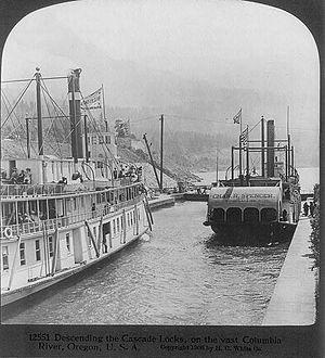 Charles R. Spencer - Charles R. Spencer and Bailey Gatzert descending Cascade Locks circa 1906.