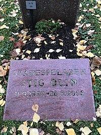Stig Olins grav Norra Begravningsplatsen.jpg