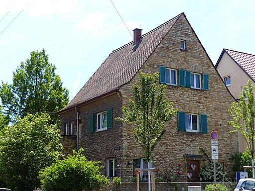 Stuttgart, Auf der Altenburg 13, Wohnhaus