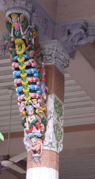 Swaminarayan Temple, Ahmedabad - Sculptured wooden pillar