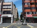 TW 台北市 Taipei 松山區 SongShan District 敦化北路 Dunhua North Road 南京北路 Nanjing North Road August 2019 SSG 38.jpg
