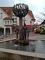 Talheim - Brunnen auf dem Rathausplatz - geo.hlipp.de - 34815.jpg