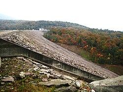 Tambara Dam right view.jpg
