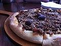 Tapenade et olives noires sur focaccia.jpg