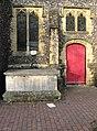 Tettersell's Tomb, St Nicholas's Churchyard - geograph.org.uk - 1118092.jpg