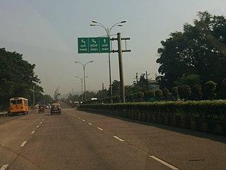Thane–Belapur Road - Image: Thane Belapur Road