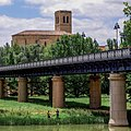 The Iron Bridge, Logroño - panoramio.jpg