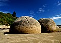 The Moeraki Boulders (12299448094).jpg