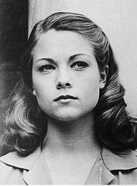 Theresa Russell 1976 headshot.jpg