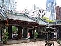 Thian Hock Keng Temple 5, Dec 05.JPG