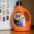Tide Detergent - Tight (48089718446).jpg
