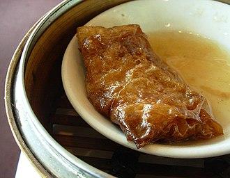 Tofu skin - Image: Tofuskinroll