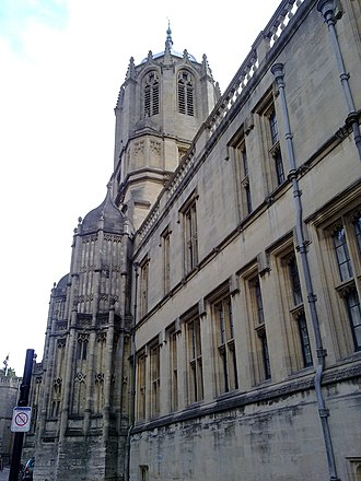 Tom Tower - Tom Tower seen from immediately adjacent to the St Aldates entrance to Tom Quad