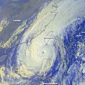 Typhoon Xangsane 31 oct 2000 0732Z.jpg
