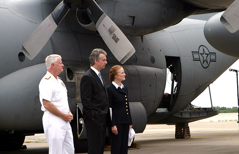 File:U.S. Navy Admiral Timothy Keating, the commander of United States Pacific Command, U.S. Ambassador to Bangkok Eric Johns and Henrietta Ford, the administrator and director of USAID, at Utaphao International Airport in Pattaya, Thailand.jpg