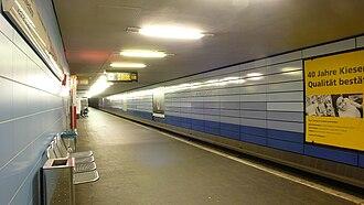 Berlin Bundesplatz station - Platform of the underground station