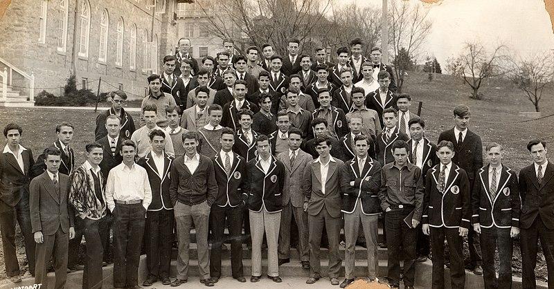 File:UW Experimental College freshman class, March 21, 1929 - cropped.jpg