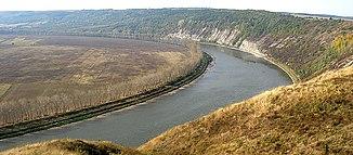 Schleife des Dnister beim Dorf Piliptsche zwischen Salischtschyky und Melnizja-Podilska
