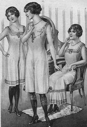 Teddy (garment) - Ladies' underwear advertisement, 1913