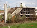 Uništeni hotel - panoramio.jpg