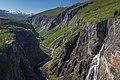 Vøringsfossen waterfall tunliweb 1.jpg