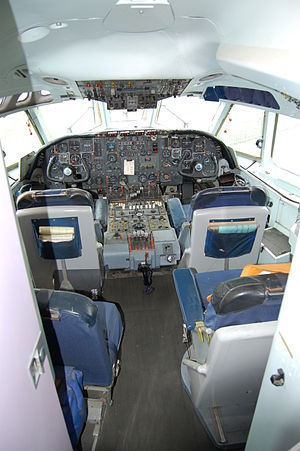 Vickers VC10 - VC10 1151 flight deck