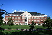 Vance Academic Center, Central Connecticut State University, 2009-09-15.jpg