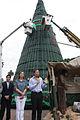 Vidal y Santilli asisten a la ceremonia de bendición del Arbol de Navidad en Plaza de Mayo.- (6559592627).jpg