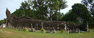 Buddha Park - Image: Vientiane Xieng Khuan 4 tango 7174