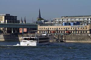 Viking Prestige (ship, 2011) 005.jpg