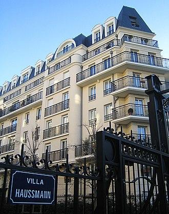 Issy-les-Moulineaux - Image: Villa haussmann