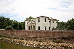 VillaPisani Bagnolo 2007 07 06 0.jpg