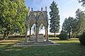 Vojenský hřbitov pruský a soubor pomníků v okolí obce (Chlum), v obci a v okolí 07.JPG