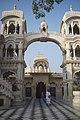 Vrindavan, India (21178969102).jpg