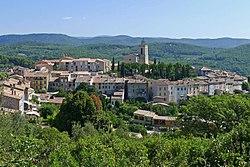 Vue du village de Flayosc depuis le chemin de la Colle (2).JPG