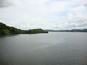 Kampar River - The artificial lake of Koto Panjang