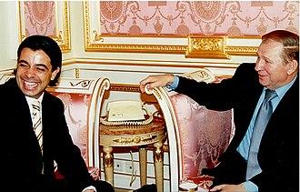 Walid Harfouch - Walid Harfouch with Leonid Kuchma, 1997