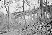Walnut Lane Bridge (cropped).jpg