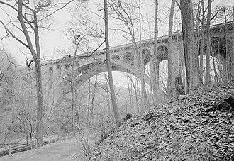 Walnut Lane Bridge - Image: Walnut Lane Bridge (cropped)