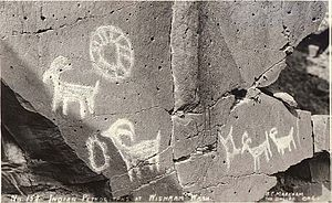 Wasco-Wishram - Wishram petroglyphs on the Columbia River