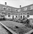 Woningen van het hofje - Delft - 20050506 - RCE.jpg