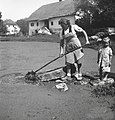 """Ometau"" pere, Hrastov Dol 1950.jpg"