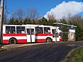 Ústí nad Labem, V Rokli, trolejbus 521.jpg