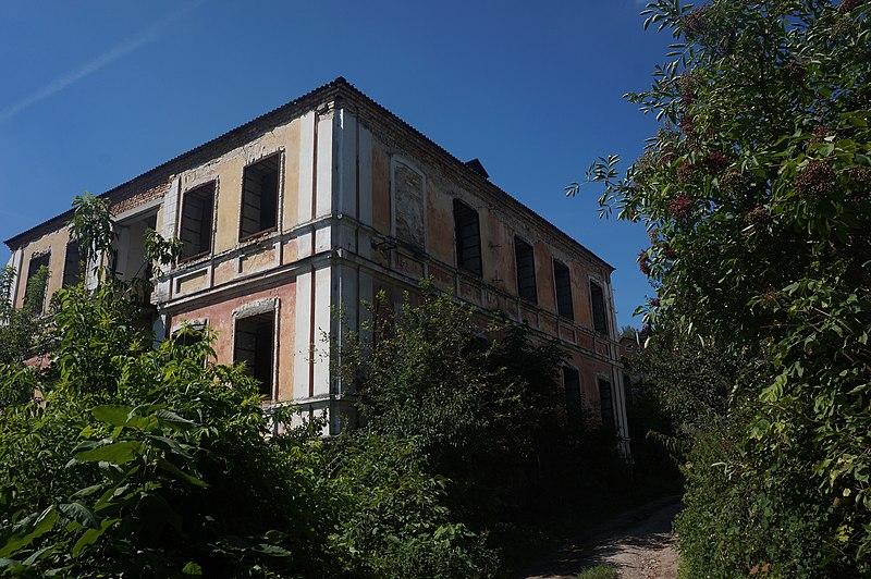 Житловий будинок, Кременець. Автор ЯдвигаВереск, вільна ліцензія CC BY-SA 4.0