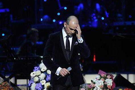 Методие Бужор, концерт в БКЗ «Октябрьский», 23 декабря 2012..jpg