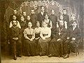 Фотография выпуска 6 класса Кувшиновской школы в 1910 году.jpg