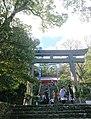 野間神社の鳥居と石段.jpg