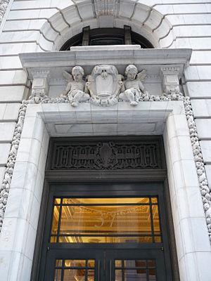 37 Wall Street - Detail of the façade