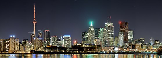 Night panorama of Toronto